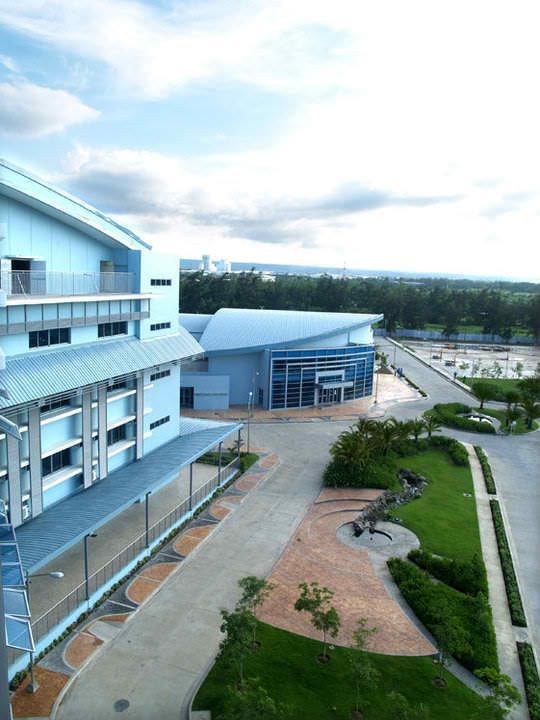 Malayan colleges laguna
